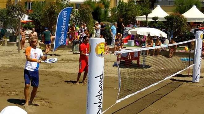Beach Tennis Scuola <b>Beach Tennis</b>: il torneo internazionale di Castiglione regala spettacolo