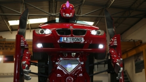 Antimon, dalla Turchia il robot su base BMW Serie 3 Coupé [VIDEO]