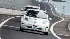 Nissan sperimenta a Londra l'auto che si guida da sola