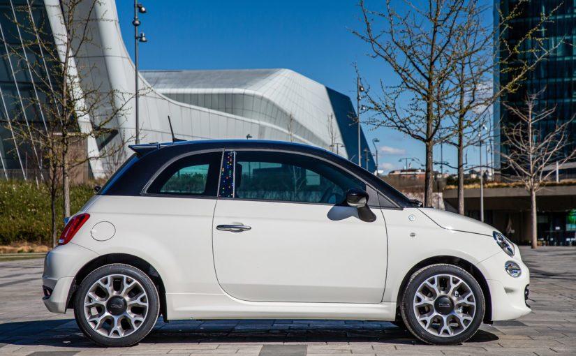 """Google Assistant su Fiat 500: basta un """"Hey Google"""" per comunicare con l'auto (foto)"""