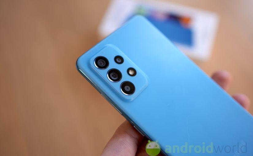 Galaxy A52 riceve il suo primo aggiornamento: arrivano le patch di aprile
